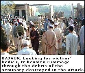 pakistan seminary attacked